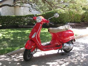 hagelander-hageland-fietsen-motorijden-vespa